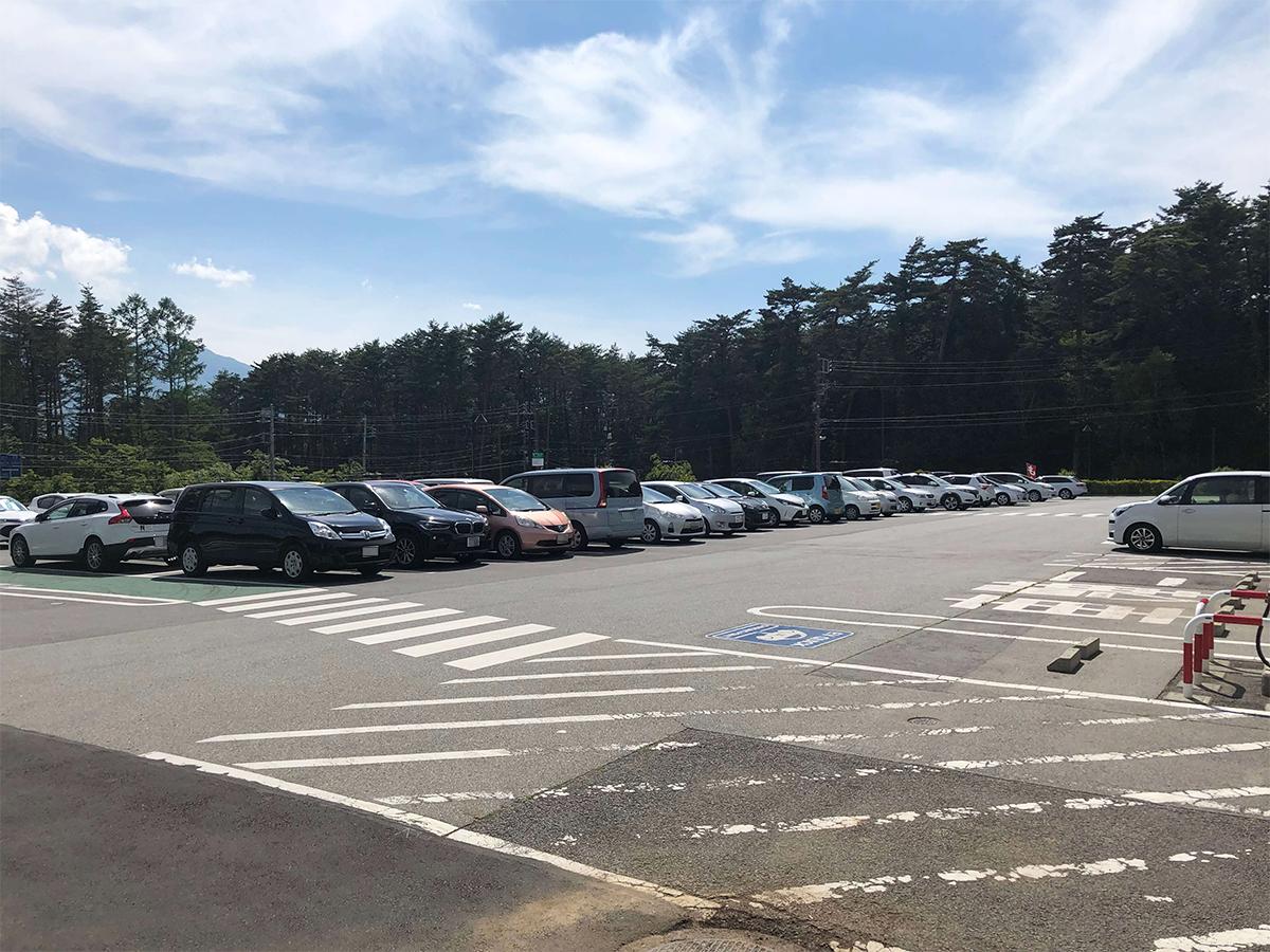道の駅こぶちざわ駐車場