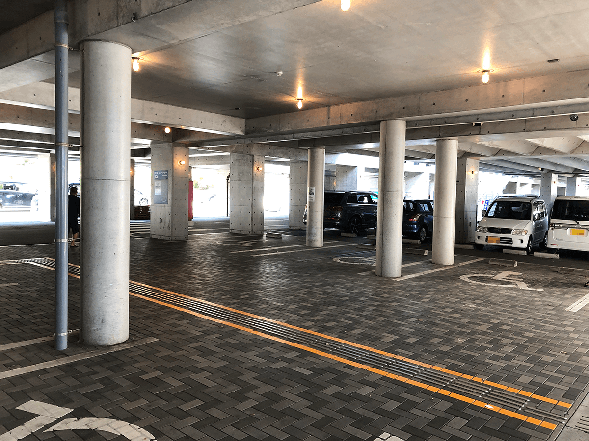 静岡県道の駅開国下田みなと駐車場