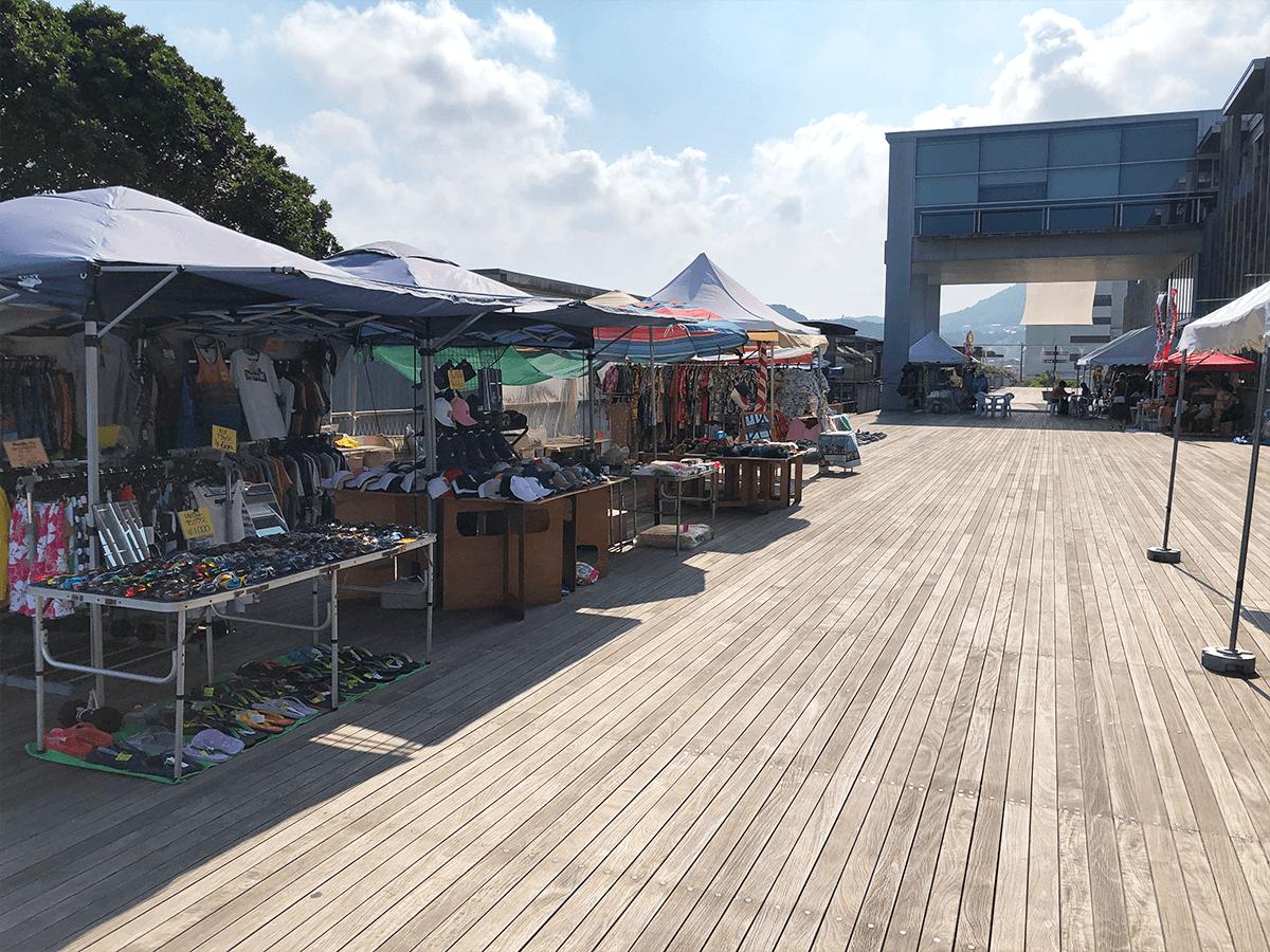 静岡県道の駅開国下田みなと施設内風景