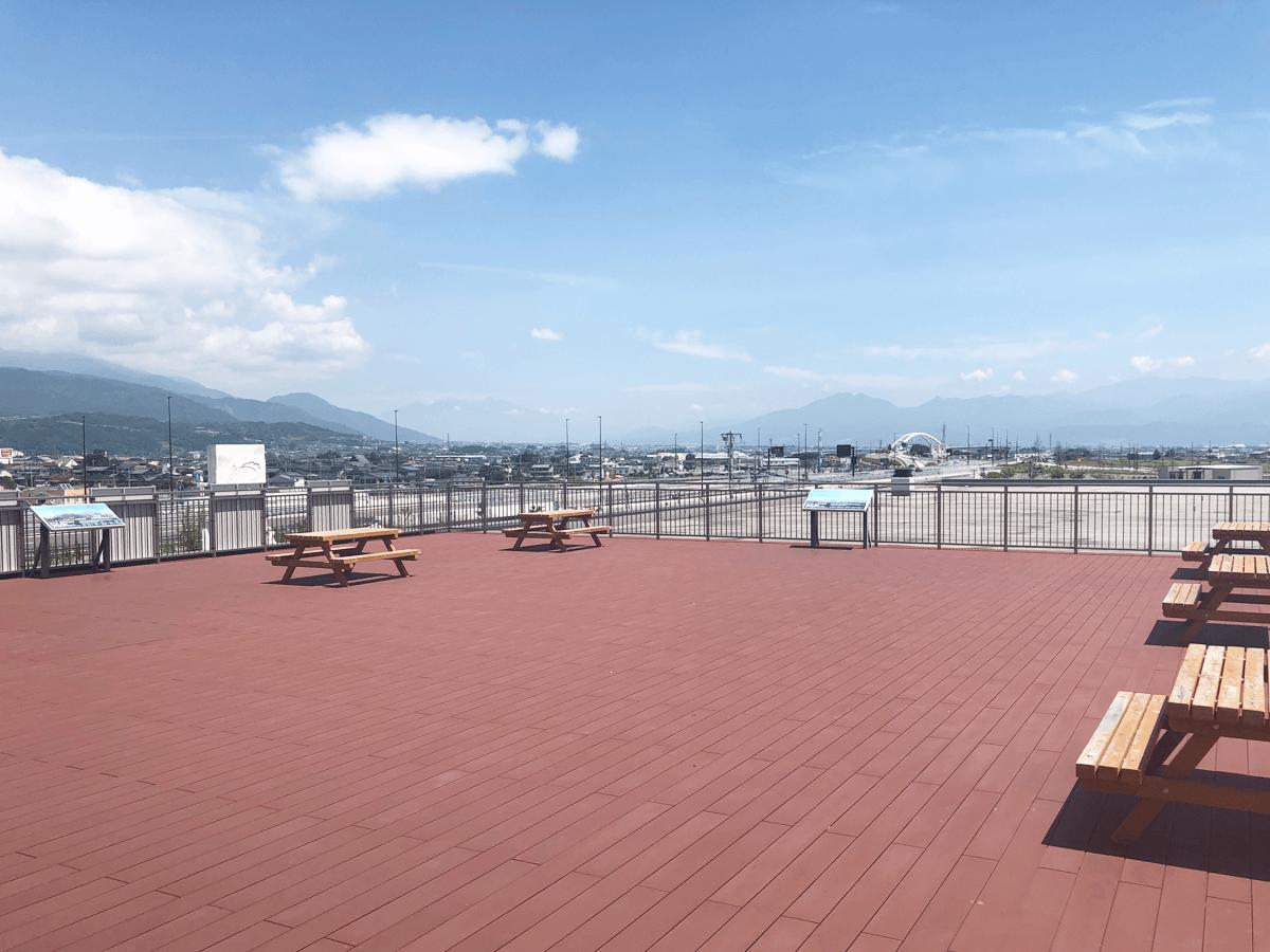 山梨県道の駅富士川テラス
