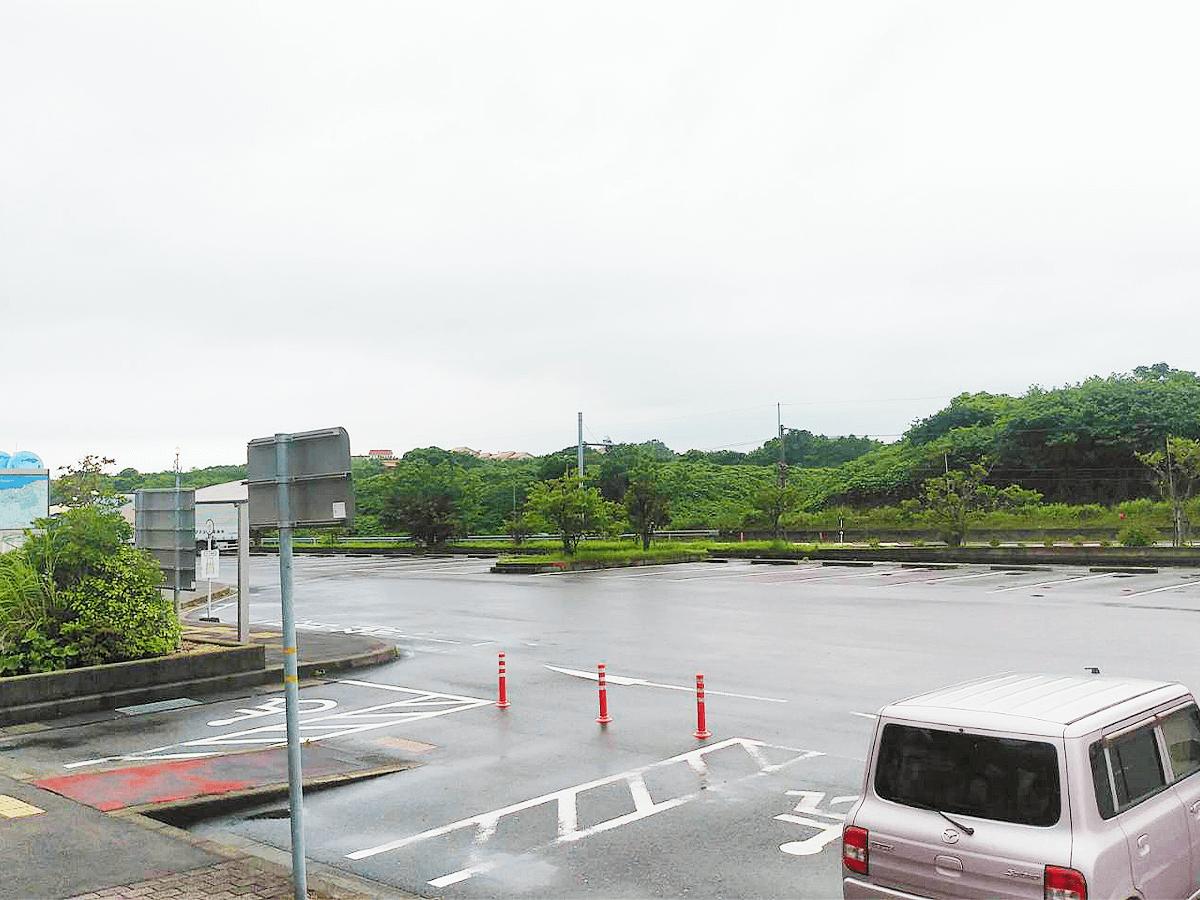 道の駅ポート赤崎駐車場
