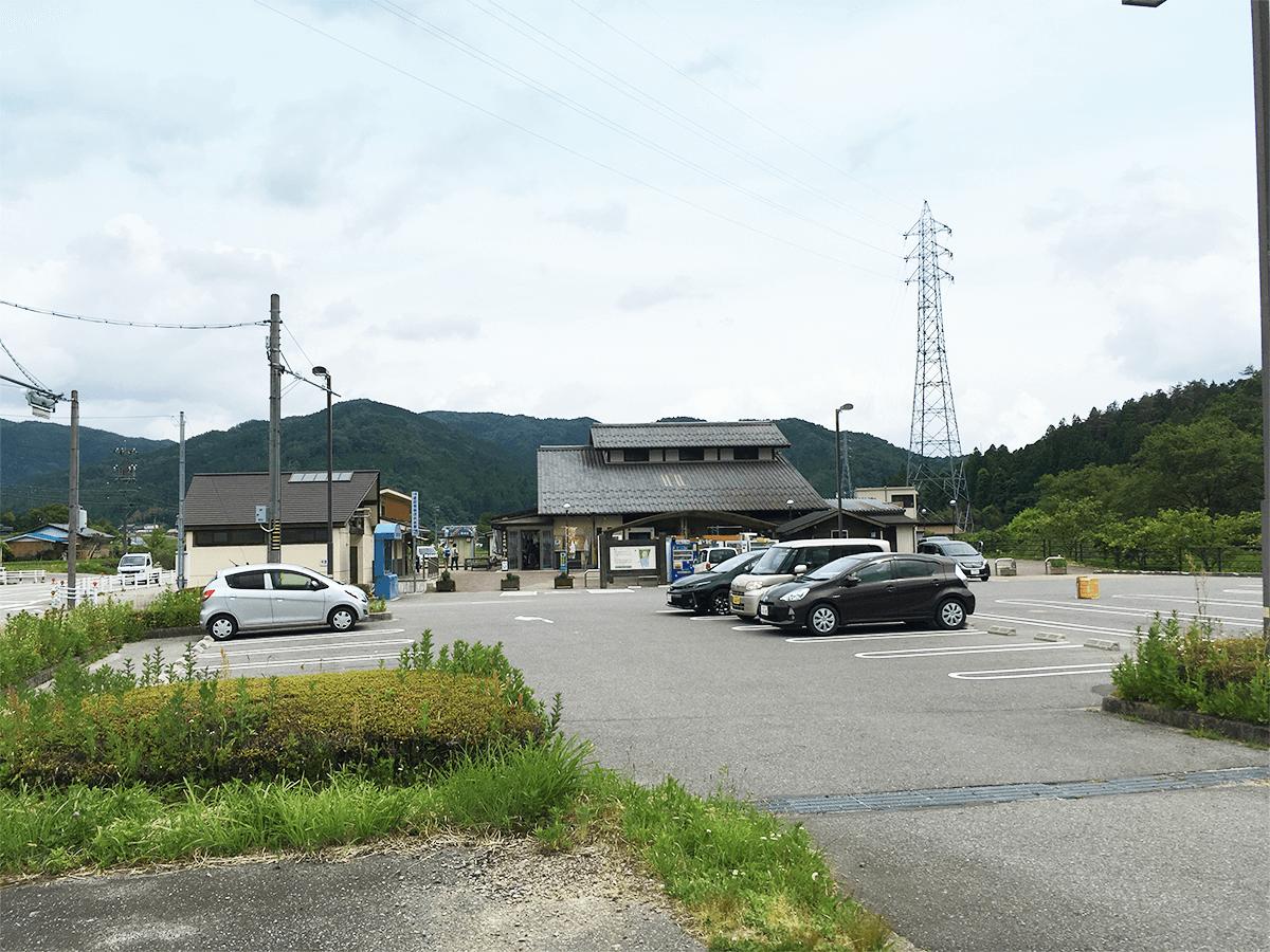 道の駅アグリステーションなぐら駐車場