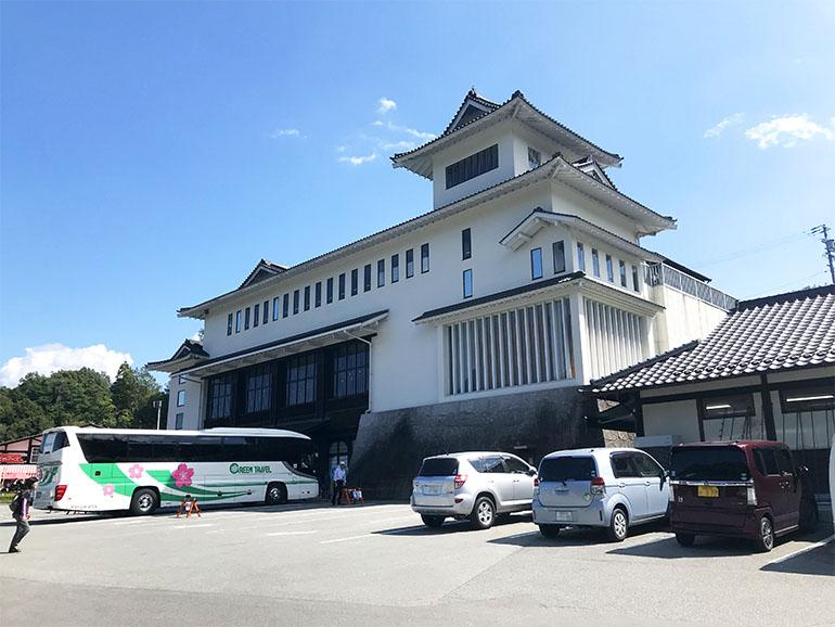 長野県道の駅信濃路下條外観