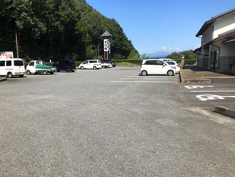 長野県道の駅信濃路下條駐車場