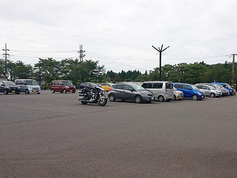 福島県道の駅喜多の郷駐車場