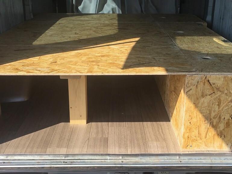 DIY ベッド 車内
