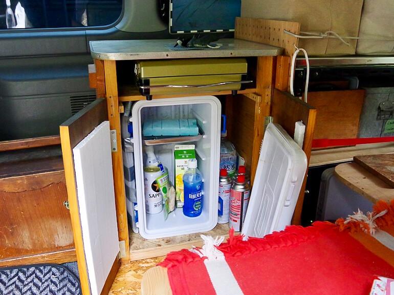 車内 棚 冷蔵庫