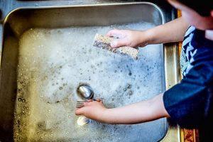 車中泊での食器洗い方法