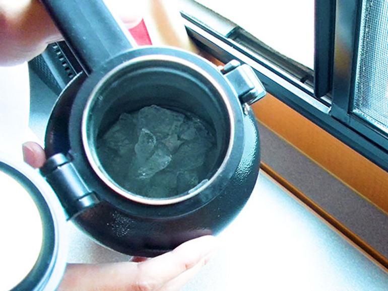 スタンレーの中に残った氷